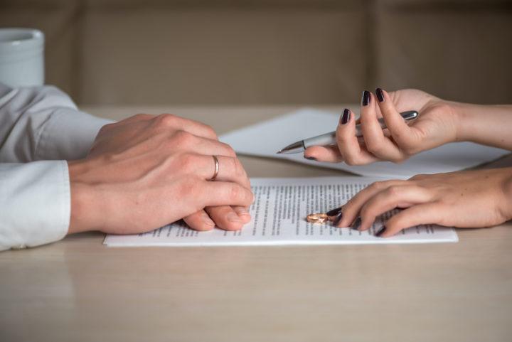 探偵の浮気調査が必要な理由、法的に離婚が認められる証拠とは